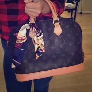 Louis Vuitton Alma PM handbag purse